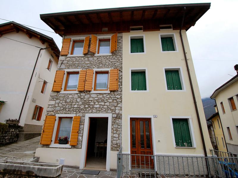 Albergo diffuso  cjasa ressa 1488486,Vivienda de vacaciones en Lago di Barcis, Dolomites, Italia para 3 personas...