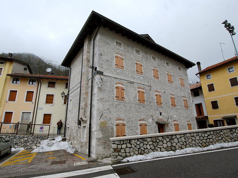 Albergo diffuso  cjasa fantin 1488507,Apartamento en Lago di Barcis, Dolomites, Italia para 6 personas...