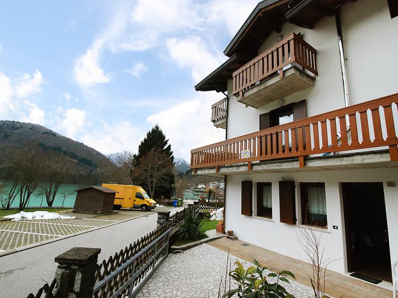 Albergo diffuso  cjasa de pagnocca 1488568,Apartamento en Lago di Barcis, Dolomites, Italia para 3 personas...