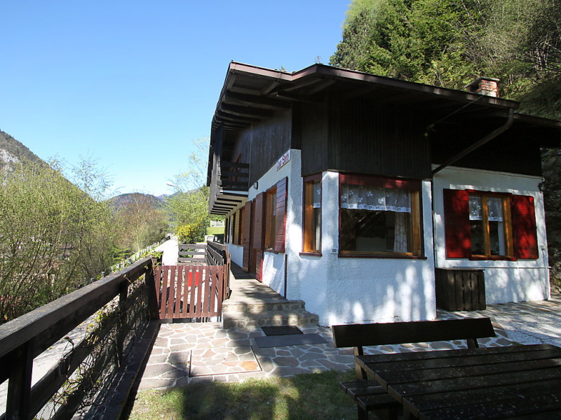 Stefy 1488781,Vivienda de vacaciones en Lago di Ledro, Lake Ledro, Italia para 11 personas...