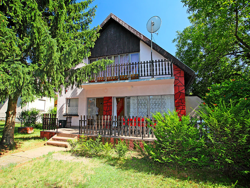1490672,Villa en Balatonfoldvar-Balatonszarszo, Balaton Somogy, Hungría para 6 personas...