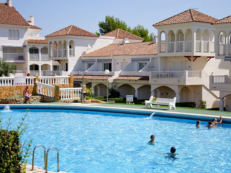 Residencial alandalus 24 1490759,Apartamento en Alcocéber-Alcossebre, Costa del Azahar, España  con piscina privada para 4 personas...