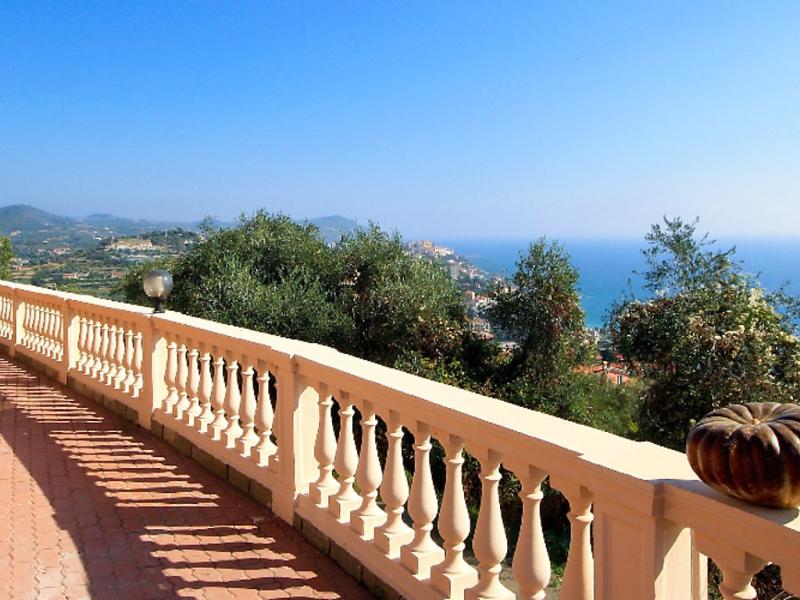 Villa chiara 1491187,Apartamento en Imperia, Liguria, Italia para 2 personas...