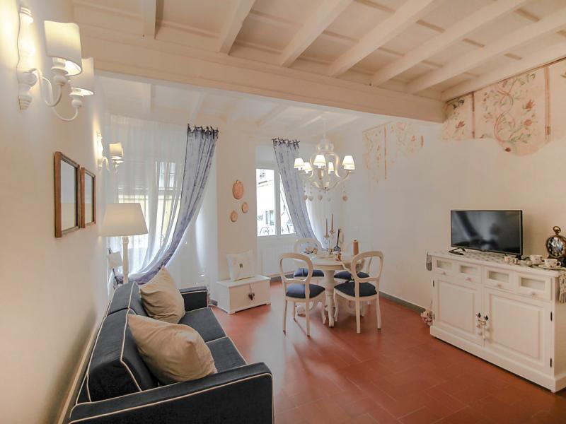 Appartamento in via maggio 1491510,Apartamento en Florence, Tuscany, Italia para 3 personas...