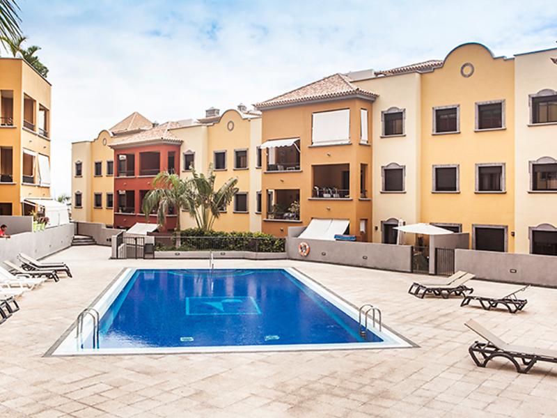 Residencial el torren 1491551,Apartamento  con piscina privada en Adeje, en Canarias, España para 4 personas...