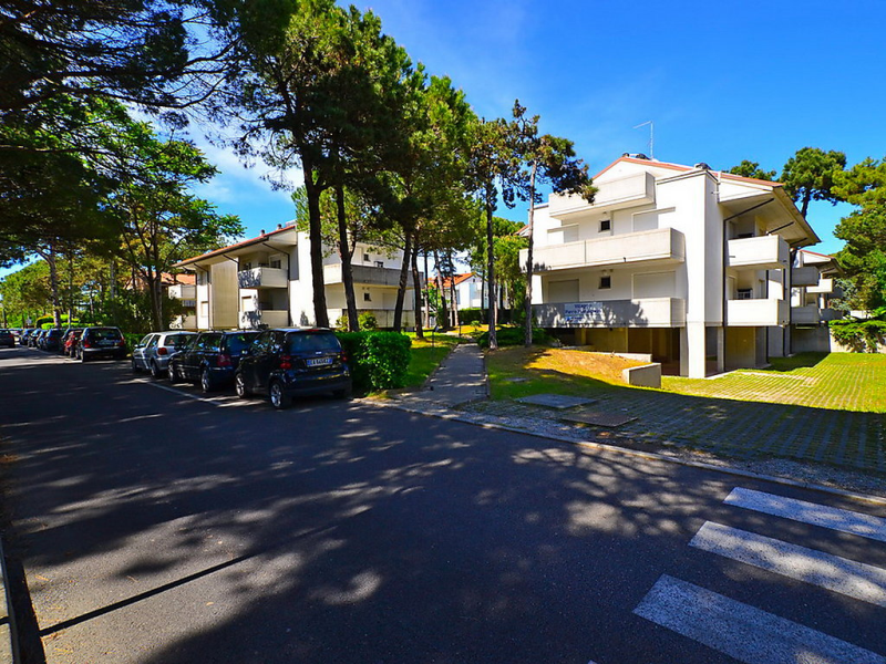 Parco hemingway 1491978,Apartamento  con piscina privada en Lignano, Friuli-Venezia Giulia, Italia para 4 personas...
