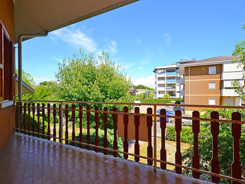Villaggio giardino 1492061,Apartamento  con piscina privada en Lignano Sabbiadoro, Friuli Venezia Giulia, Italia para 6 personas...