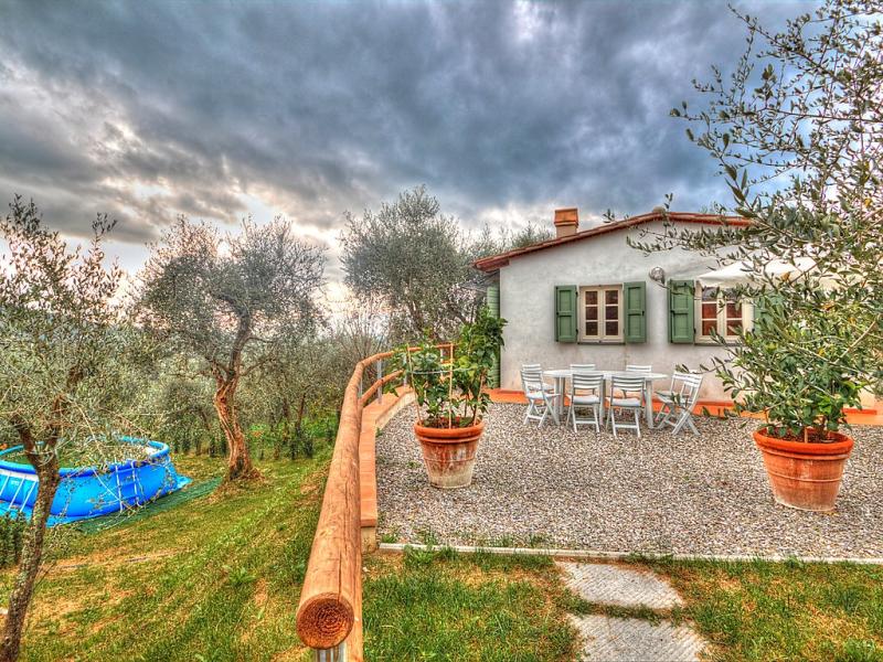 La casina ione 1492176,Villa  con piscina privada en Lucca, en Toscana, Italia para 2 personas...