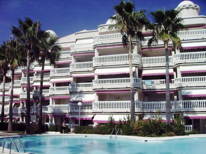 Casablanca 46 1492461,Apartamento  con piscina privada en Alcocéber-Alcossebre, Costa del Azahar, España para 6 personas...