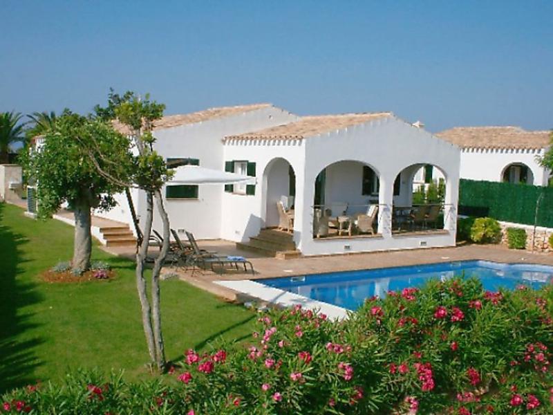 Villas finesse villas 3 dorm 1492570,Vivienda de vacaciones  con piscina privada en Son Bou, Minorca, España para 6 personas...