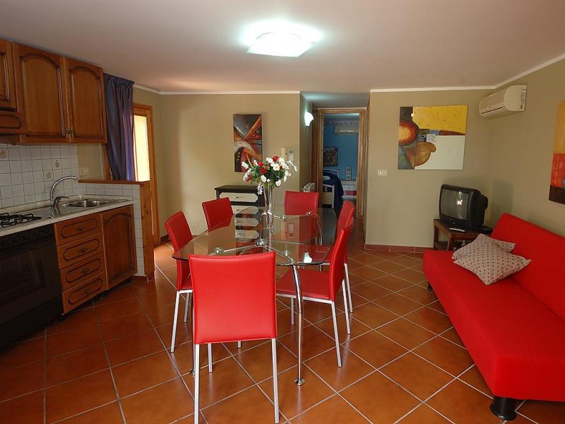 Edera 1492715,Apartamento en Castellamare del Golfo, Sicily, Italia  con piscina privada para 4 personas...