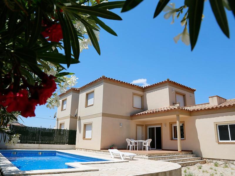 Mimosa ii 1493026,Villa  con piscina privada en L'Ametlla de Mar, Catalunya, España para 10 personas...