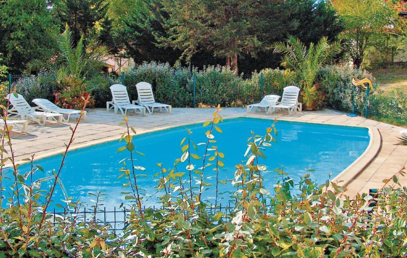 1138095,Apartamento en Arcachon, Gironde, Francia  con piscina privada para 4 personas...