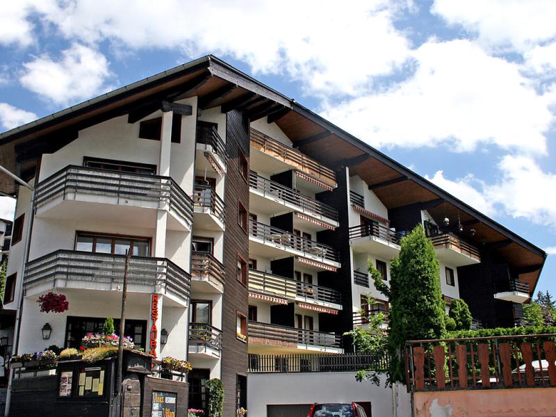 Villars soleil 141506,Cuarto de hotel en Villars, Alpes Vaudoises, Suiza para 4 personas...