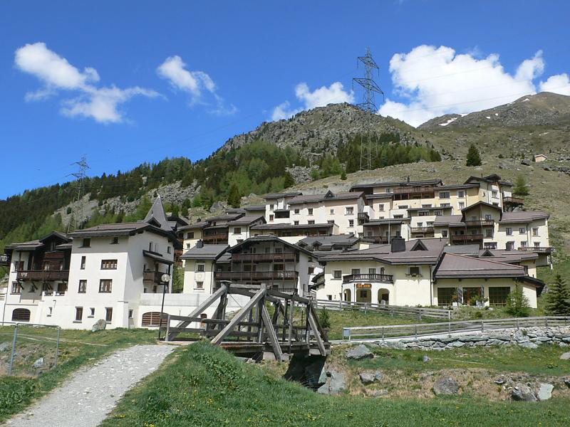 Plaz utoring 143752,Cuarto de hotel en Bivio, Graubunden, Suiza  con piscina privada para 2 personas...