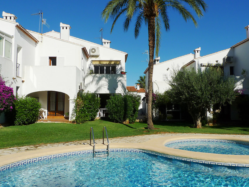 Urb las moras 2 147129,Cuarto de hotel  con piscina privada en Dénia, Alicante, España para 6 personas...