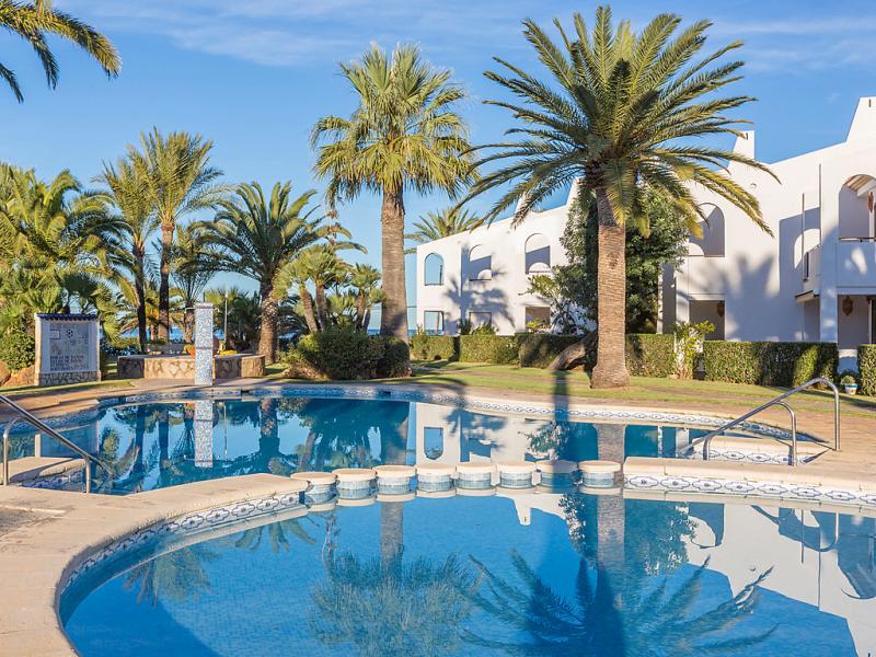 Les arenes 147188,Cuarto de hotel  con piscina privada en Dénia, Alicante, España para 3 personas...