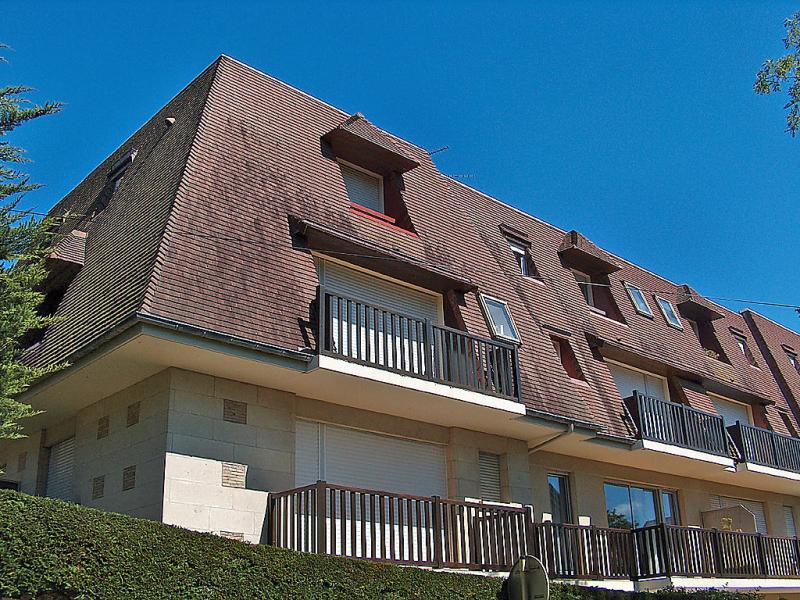 Jardins du casino 148135,Cuarto de hotel en Cabourg, Normandy, Francia para 2 personas...