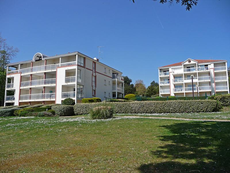 Le vallon 148352,Cuarto de hotel  con piscina privada en Pornic, Loire Country, Francia para 6 personas...
