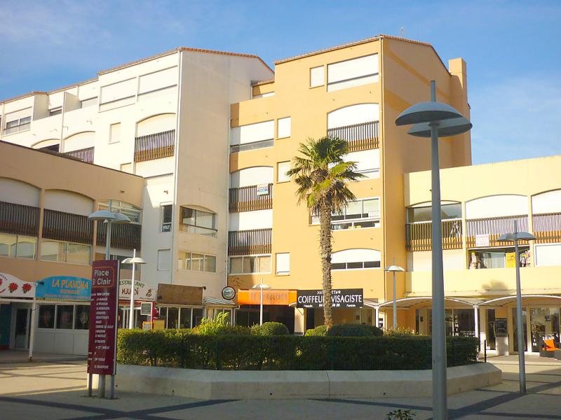 Saint clair 149696,Cuarto de hotel en Cap d'Agde, Languedoc-Roussillon, Francia para 2 personas...