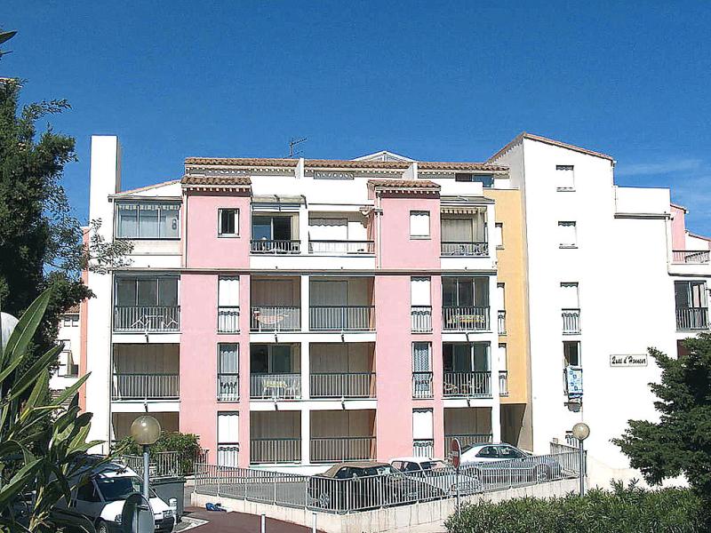 Quai dhonneur 149705,Cuarto de hotel en Cap d'Agde, Languedoc-Roussillon, Francia para 2 personas...