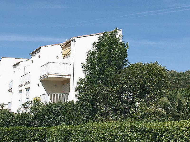 Hameau de pech i 149788,Cuarto de hotel en Cap d'Agde, Languedoc-Roussillon, Francia para 4 personas...
