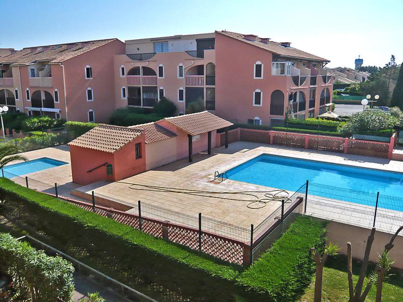 Les coraux 1410029,Cuarto de hotel  con piscina privada en Canet-Plage, Languedoc-Roussillon, Francia para 4 personas...