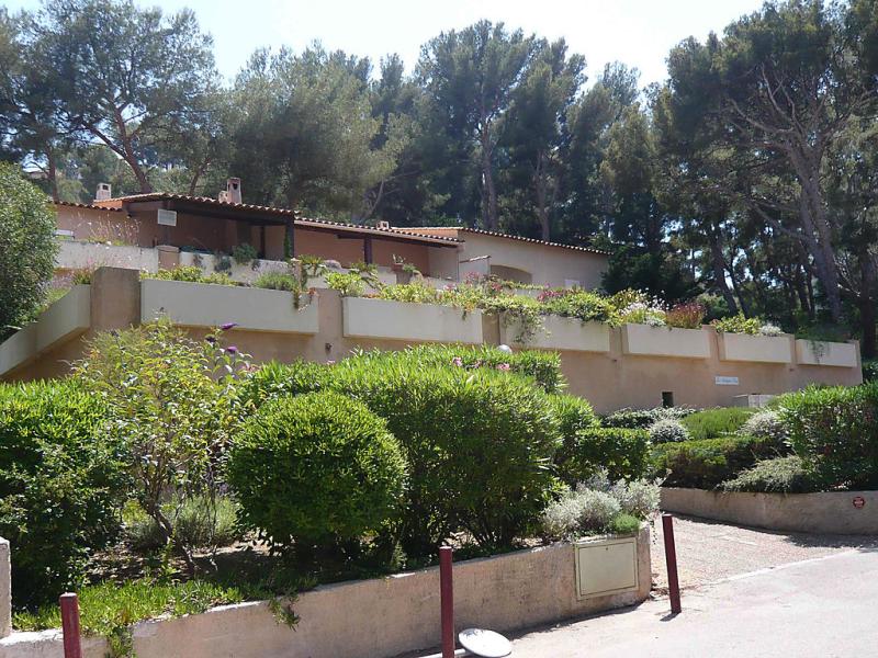 La madrague bleue 1411752,Cuarto de hotel en Saint-Cyr-sur-Mer, Côte d'Azur, Francia para 2 personas...