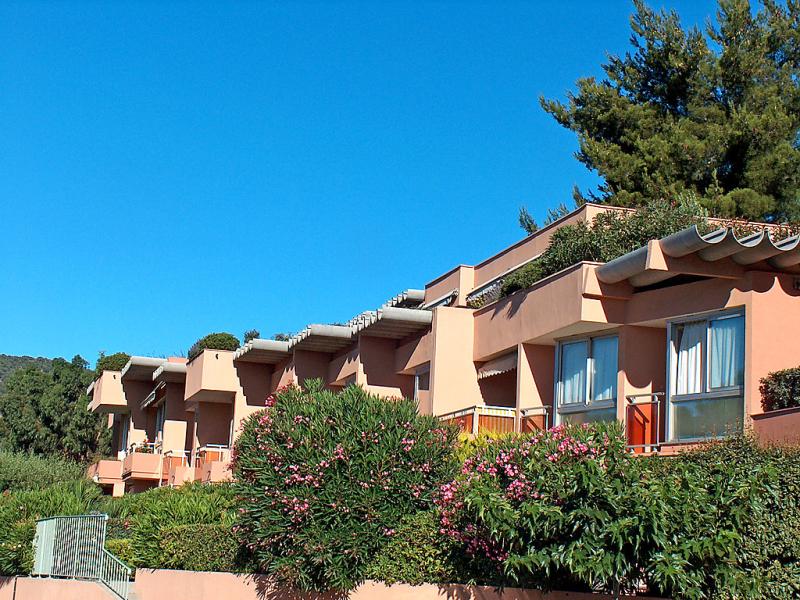Les jardins de la mer 1412016,Cuarto de hotel en Cavalaire-sur-Mer, Provence-Alpes-Côte d'Azur, Francia para 2 personas...