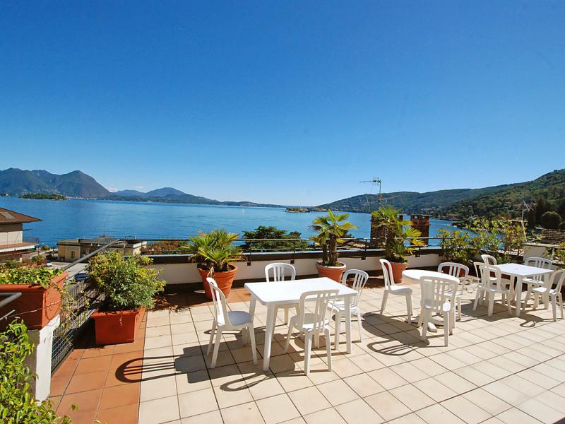 Holiday 1413515,Cuarto de hotel en Baveno, Piedmont, Italia para 4 personas...