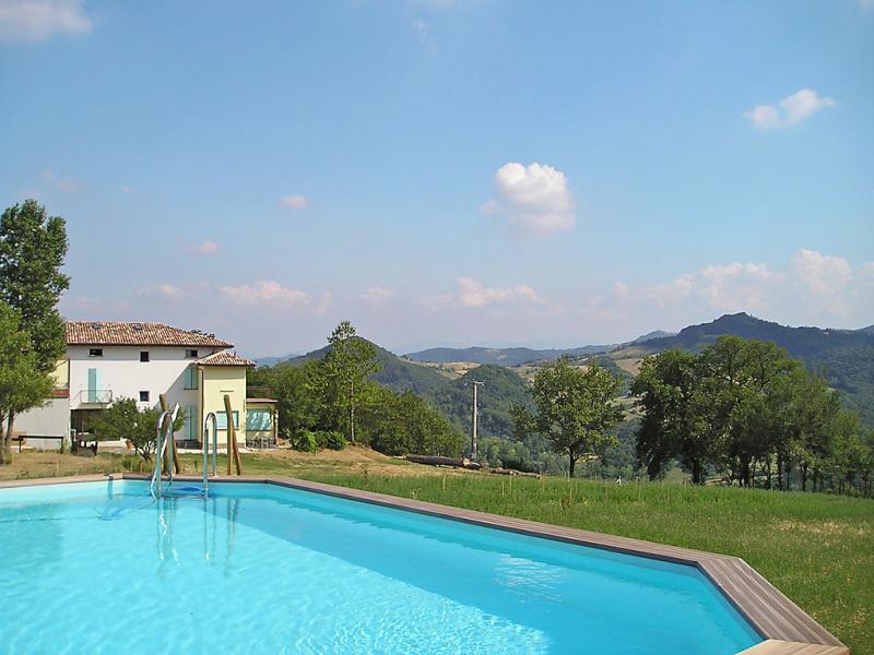 Busani 1413938,Casa rural  con piscina privada en Salsomaggiore Terme, Emilia-Romagna, Italia para 6 personas...