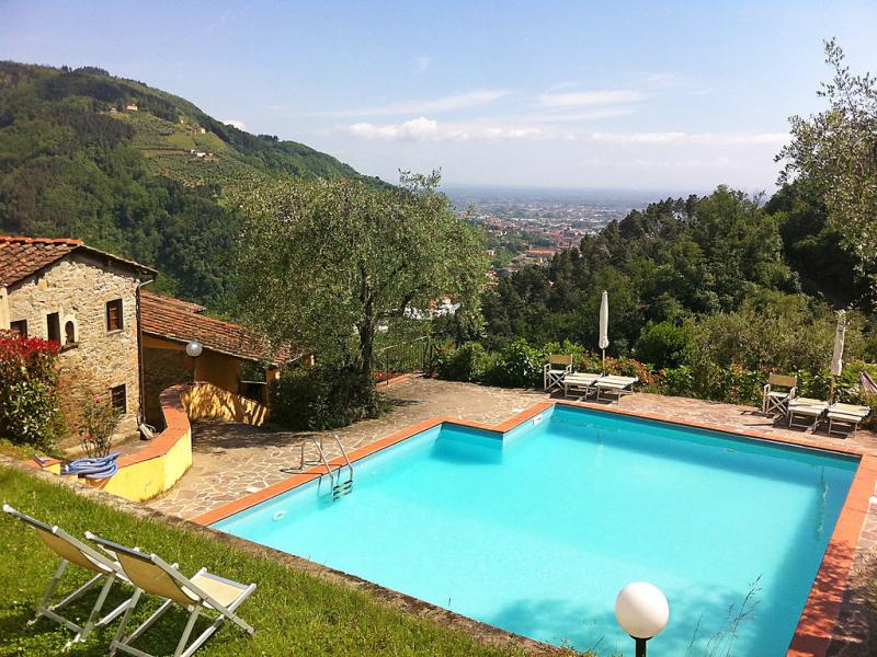 Santa margherita 1414486,Casa rural  con piscina privada en Pescia, en Toscana, Italia para 4 personas...
