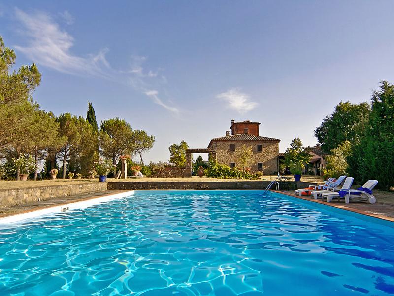 Dalia 1414498,Casa rural en Lucignano, en Toscana, Italia  con piscina privada para 4 personas...