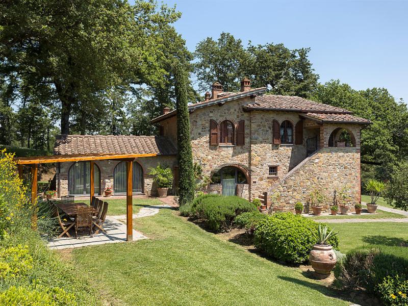 Tenuta farneta 1414500,Casa rural en Lucignano, en Toscana, Italia  con piscina privada para 11 personas...