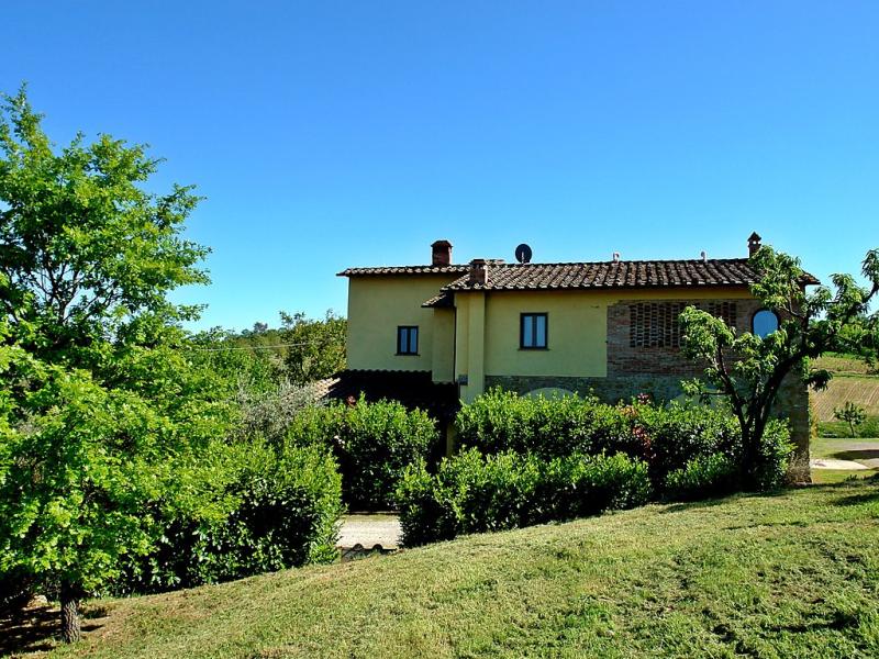 Casa dei ciliegi 1414592,Casa rural en Gambassi Terme, en Toscana, Italia  con piscina privada para 13 personas...