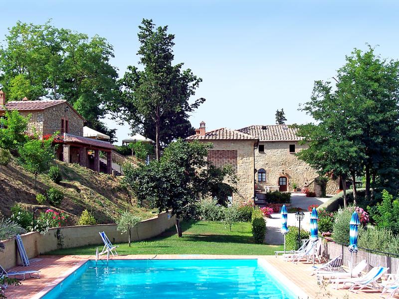 1414675,Casa rural en Volterra, en Toscana, Italia  con piscina privada para 6 personas...
