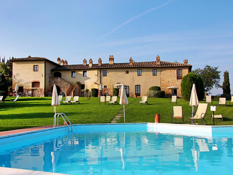 Linari 1414831,Casa rural  con piscina privada en San Gimignano, en Toscana, Italia para 7 personas...