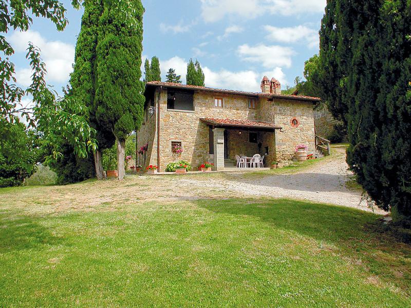 Podere le coste 1414909,Casa rural  con piscina privada en Loro Ciuffenna, en Toscana, Italia para 12 personas...