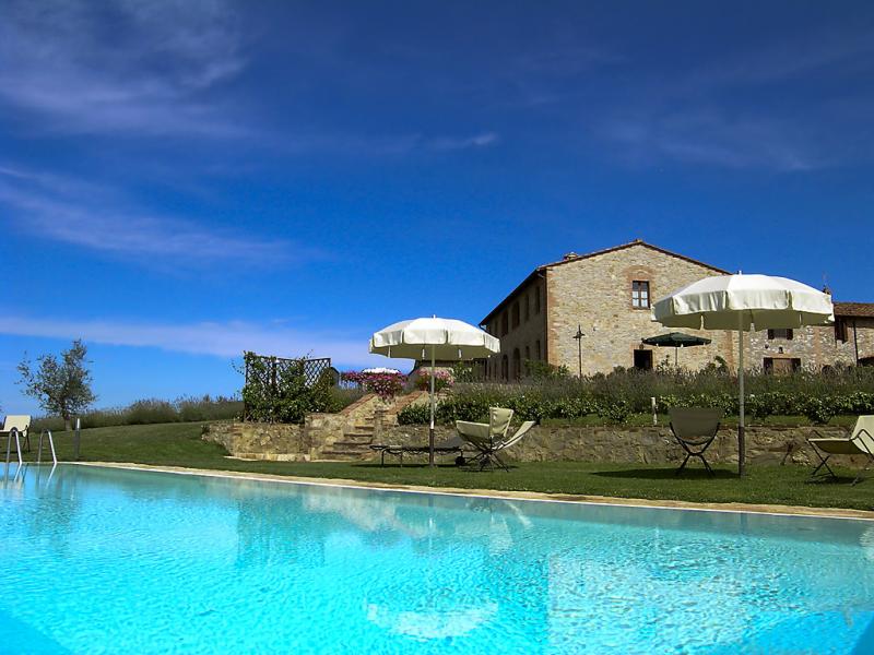 Vanessa 1415150,Casa rural  con piscina privada en Castelnuovo Berardenga, en Toscana, Italia para 6 personas...