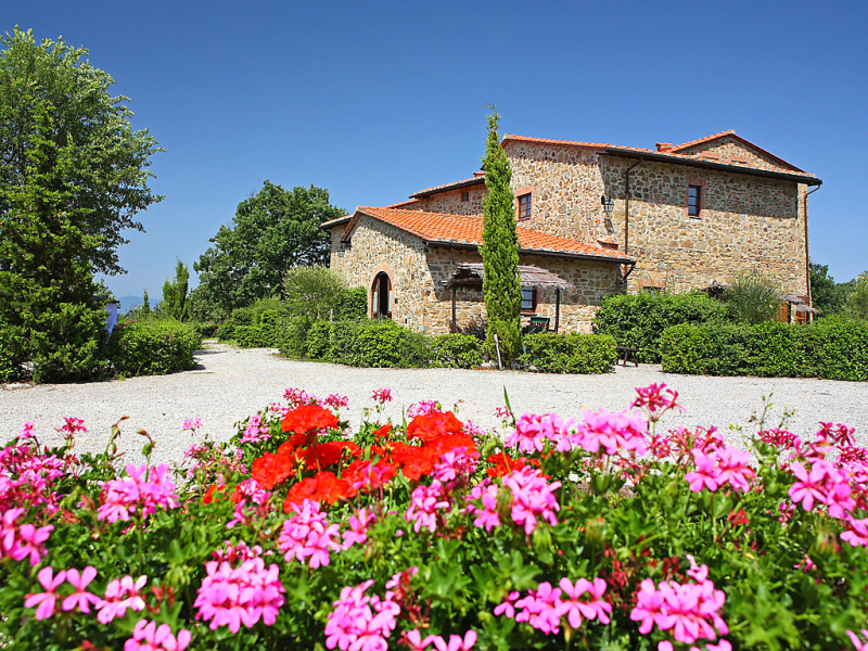 Il pettirosso n7 1415220, Rural house in Gaiole in Chianti, in Tuscany, Italy  with private pool for 4 persons...