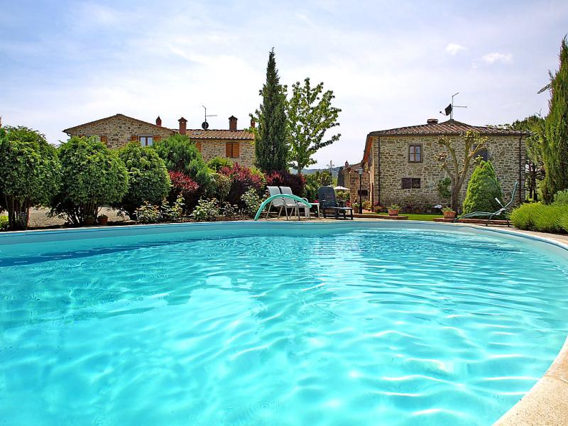 1415296,Casa rural en Monte San Savino, en Toscana, Italia  con piscina privada para 4 personas...