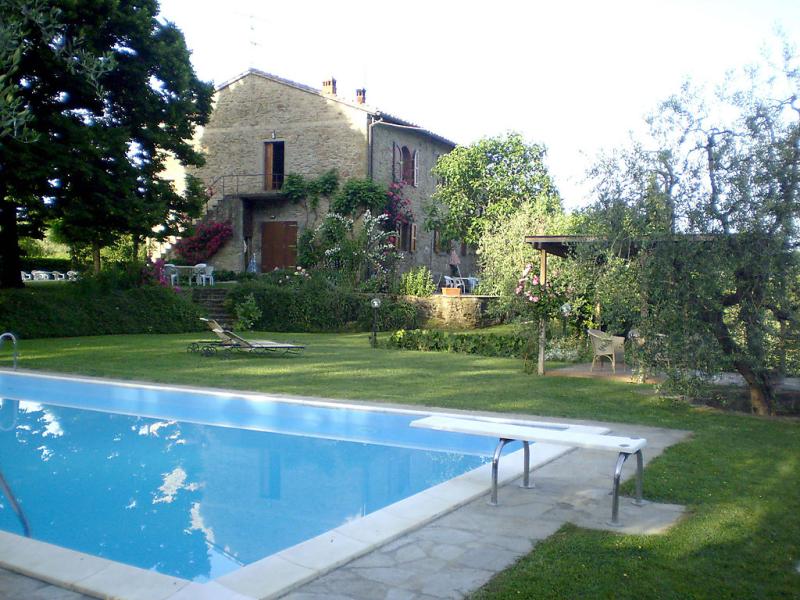Zanobini 1415474,Casa rural  con piscina privada en Rufina, en Toscana, Italia para 4 personas...
