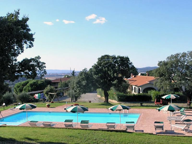 1415519,Cuarto de hotel en Scarlino, en Toscana, Italia  con piscina privada para 6 personas...