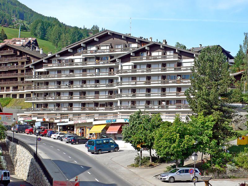 Valaisia 34a 1420320, Hotel room in Nendaz, Valais, Switzerland for 2 persons...