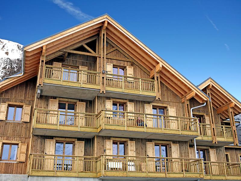 Hameau des aiguilles 1420443,Cuarto de hotel en Albiez Montrond, Haute-Savoie, Francia  con piscina privada para 6 personas...