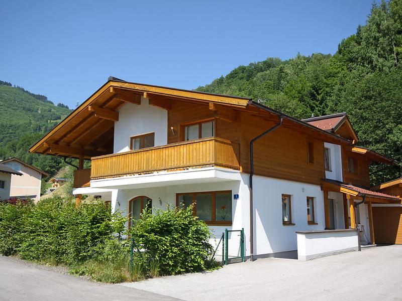 Haus tuer  5 star 1420559,Casa rural en Kaprun, Salzburg, Austria para 10 personas...