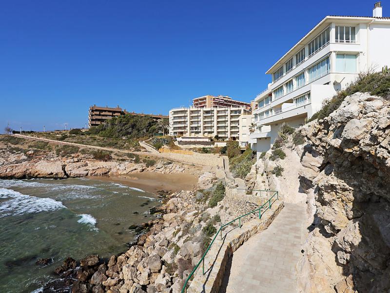 Rits 1420769,Cuarto de hotel en Salou, en la Costa Dorada, España  con piscina privada para 4 personas...