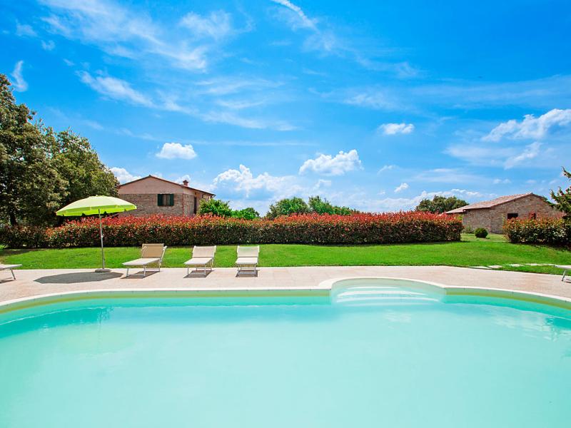 1421892,Casa rural  con piscina privada en Sassetta, en Toscana, Italia para 6 personas...
