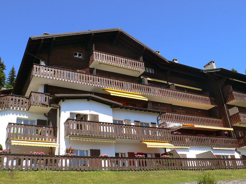 Rgina a 1430129,Cuarto de hotel en Villars, Alpes Vaudoises, Suiza  con piscina privada para 3 personas...