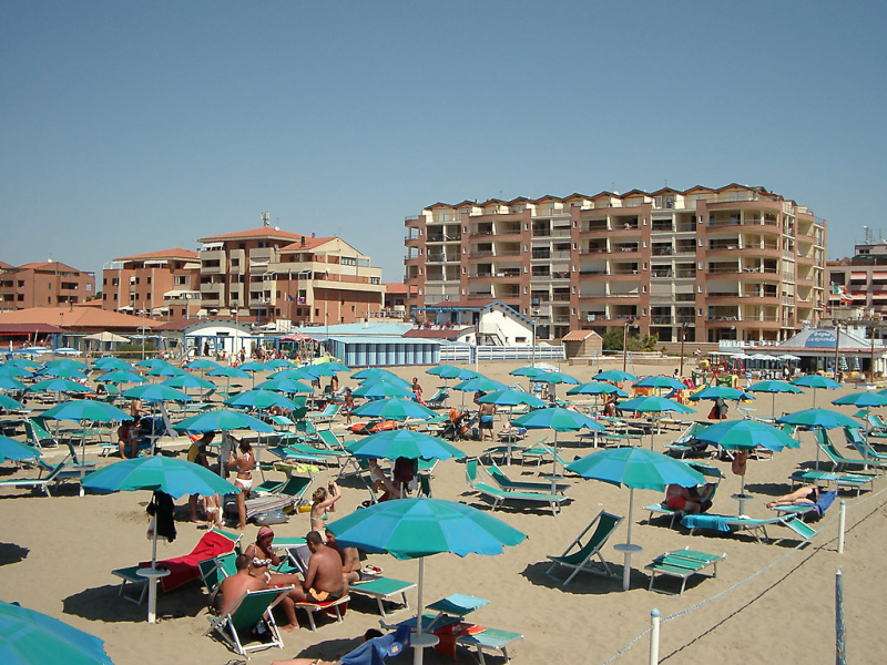 Mediterraneo 1430802,Cuarto de hotel en Marina di Grosseto, Etruscan Coast, Italia para 4 personas...